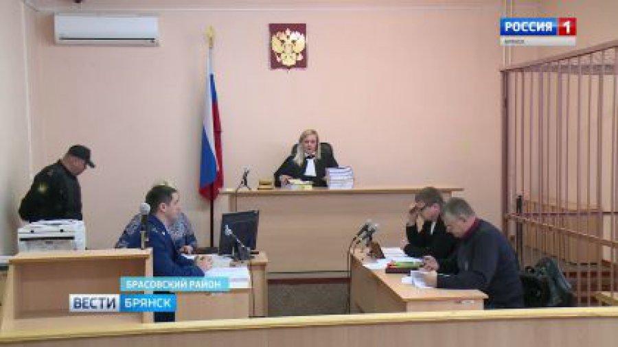 Зампрокурора иследователь осуждены заодну взятку надвоих