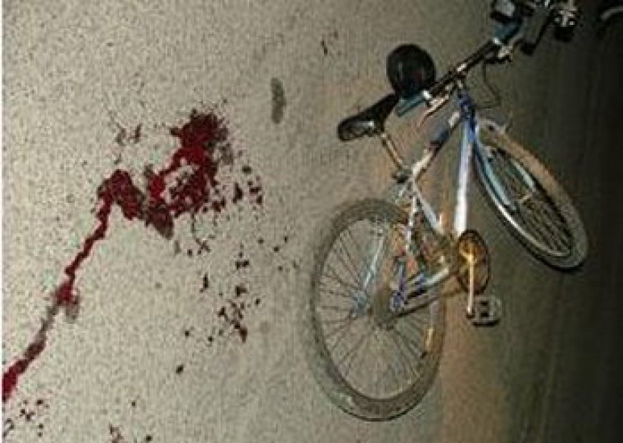 ВБрянске велосипедист протаранил «ВАЗ» исломал ногу