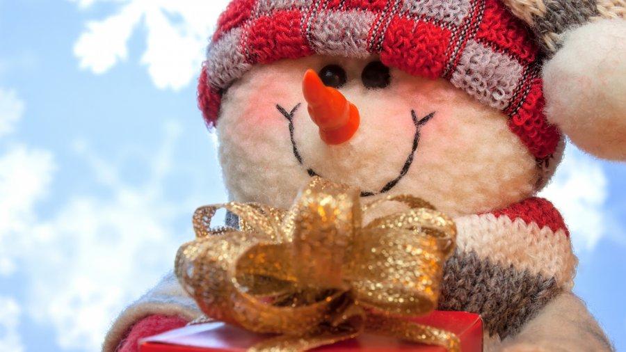 ВТрубчевске вкраеведческом музее проходит выставка «Веселый снеговик»