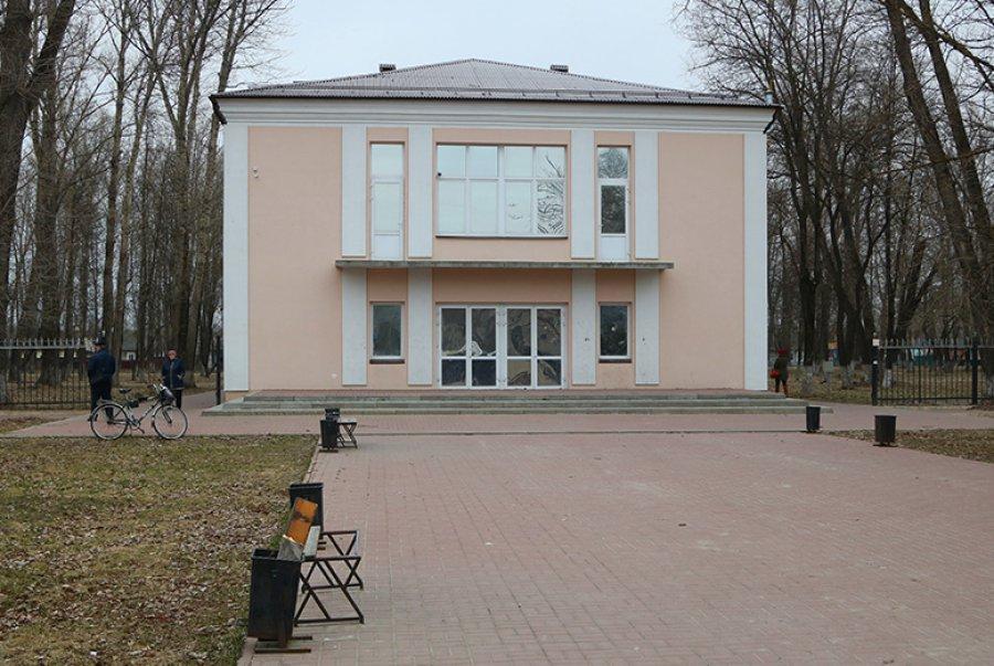 ВБрянске вновь отроют кинотеатр «Металлург» скафе