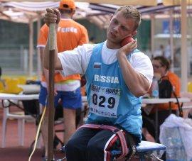 Брянскому паралимпийцу Владиславу Фролову подарят квартиру