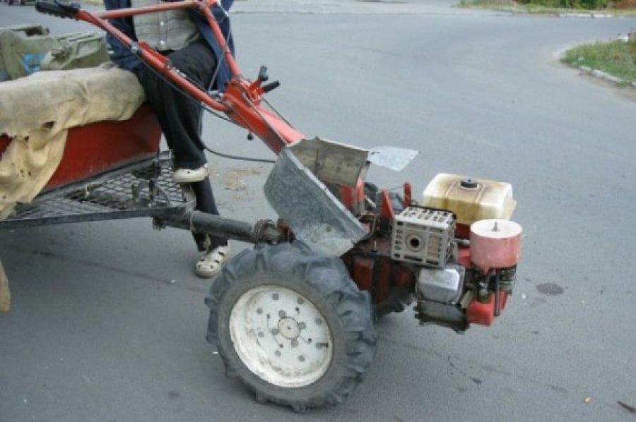 Вбрянском поселке мотоблок убил пенсионера