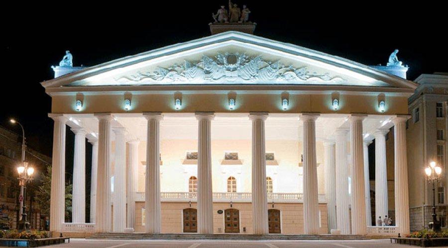 Брянцев пригласили на90-летний юбилей драмтеатра