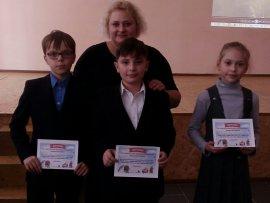 В брянских школах добровольцы отряда «Лиза Алерт» провели уроки безопасности