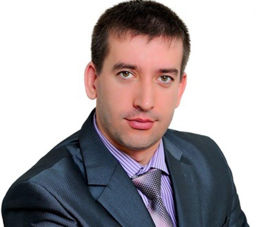 ВБрянске руководитель школы при помощи родственников обобрал бюджет