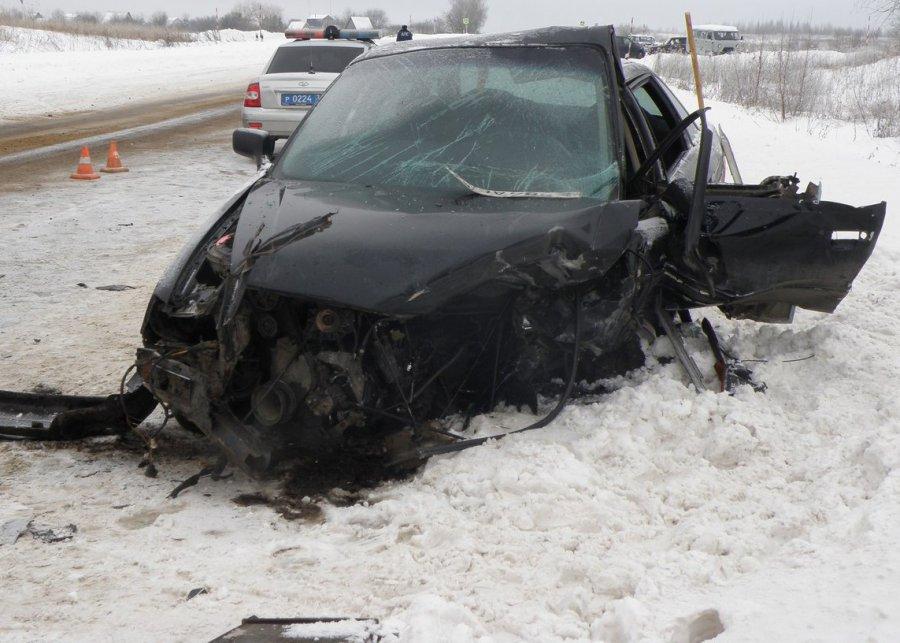 Страшное ДТП под Брянском погиб водитель ранены две женщины