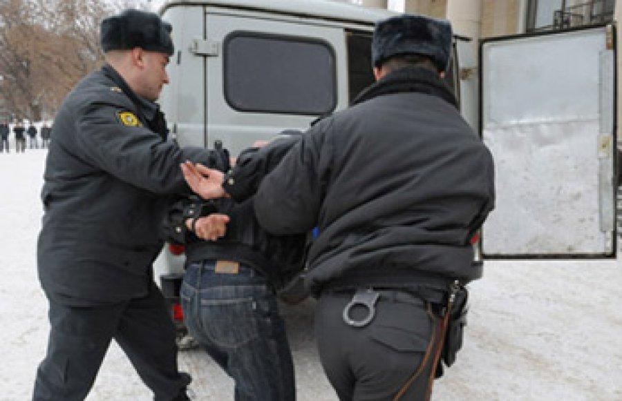 Гражданин Жуковского района, ударивший полицейского ногой, осужден на1,8 года