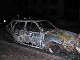 23 февраля в Брянске сгорел автомобиль