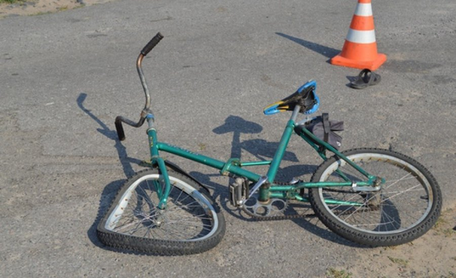 Вбрянском селе фура сбила 12-летнего велосипедиста