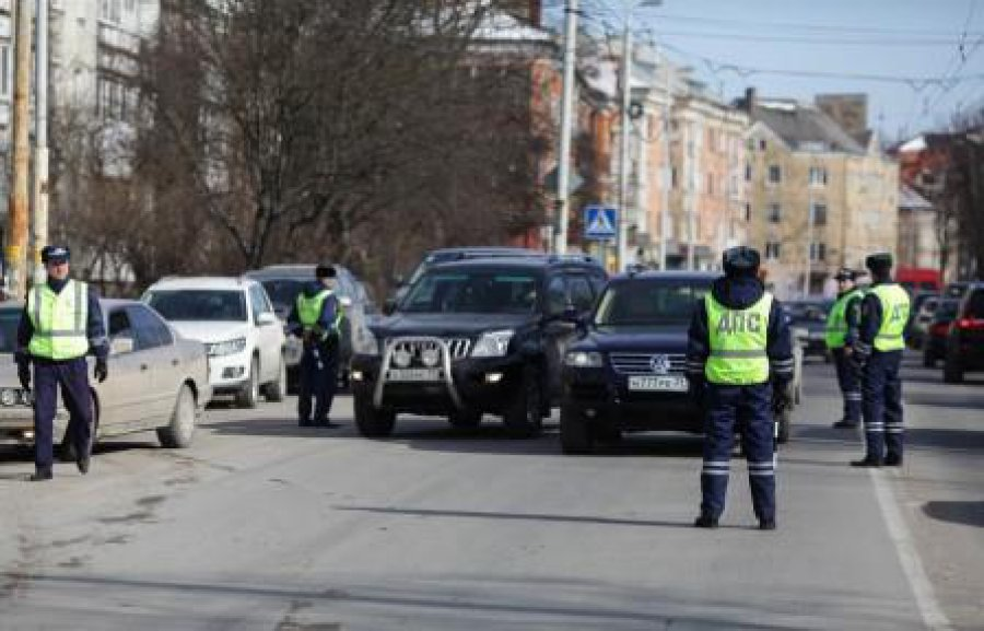 Вовсех районах Брянска пройдут сплошные проверки водителей