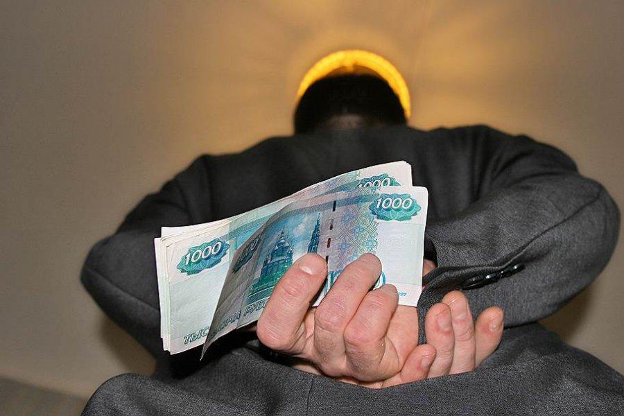 Курский предприниматель оштрафован завзятку брянскому полицейскому