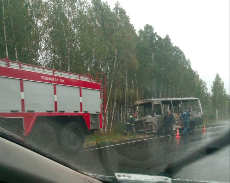 Рейсовый автобус, следовавший изОрла вСмоленск, зажегся впути