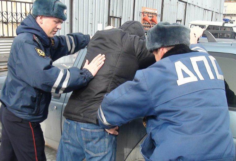 Милиция задержала угонщика иномарки Кия Rio вБежицком районе Брянска