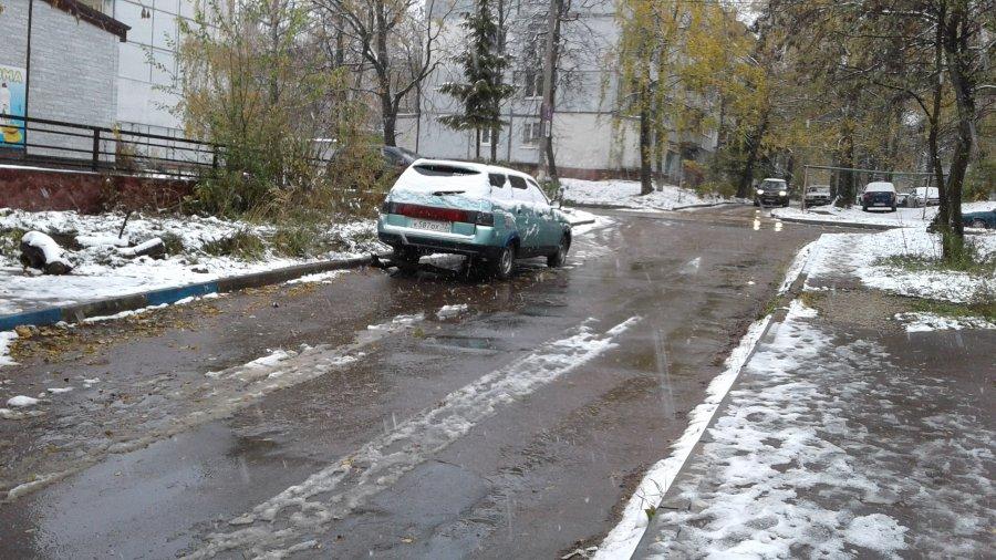 В Брянске «передвижная автосвалка» поменяла место стоянки