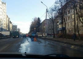 В Брянске сняли на видео потоп на переулке Пилотов