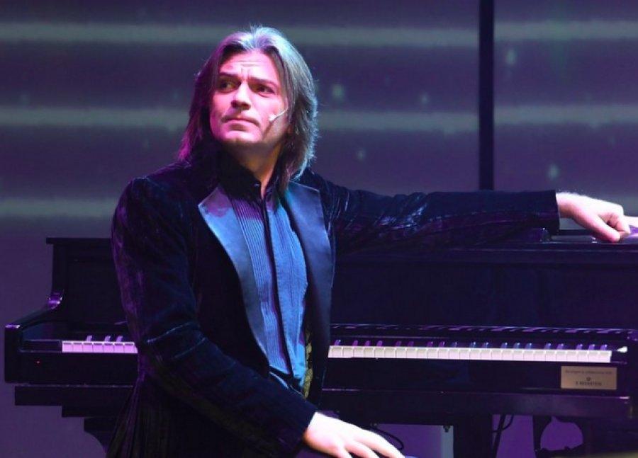 Музыкальные школы Брянской области получат 30 новых пианино
