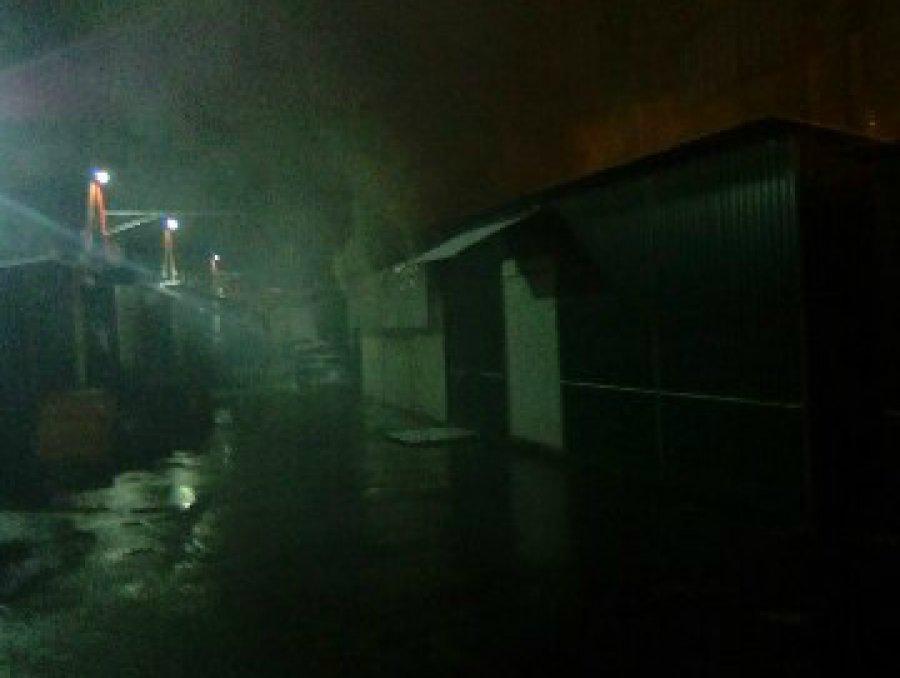 ВБрянске намини-рынке выгорел ларёк