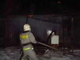 В Брянске горел частный дом