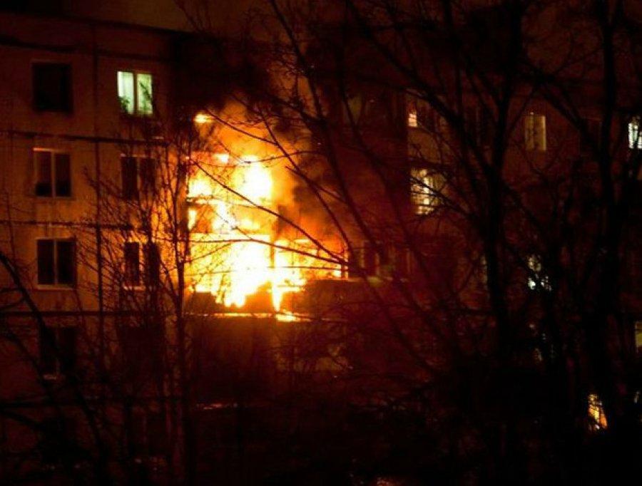 ВБрянске из-за пожара впятиэтажке эвакуировали 20 человек