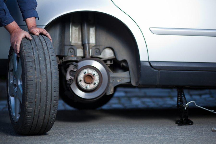 ВБрянске безработный попался накраже автомобильных колес