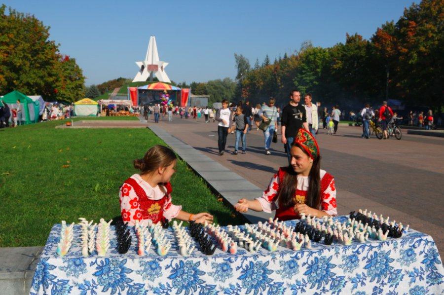 Наградили победителей конкурса «Брянск— город мастеров»