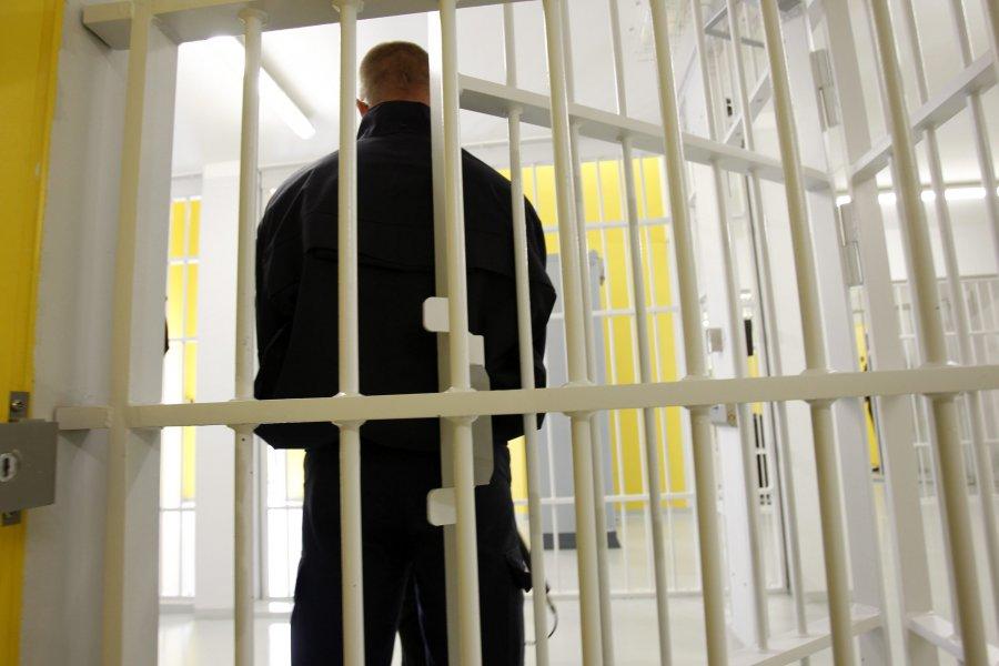 Брянца зааферу счернобыльским жильем осудили натри года