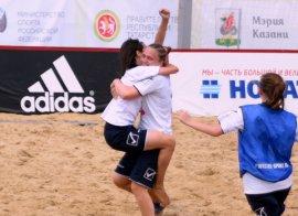 Брянские девушки вышли в финал чемпионата России по пляжному футболу