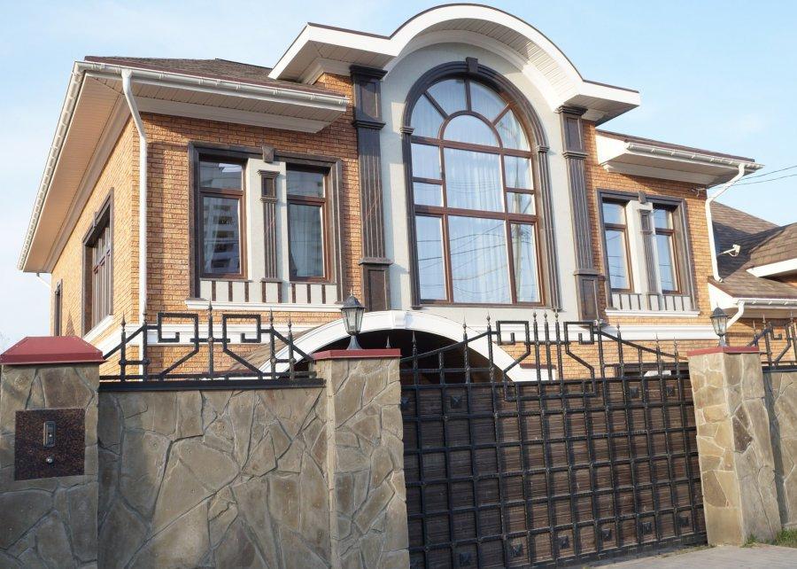 Трое граждан Брянска арестованы поподозрению вубийстве предпринимателя
