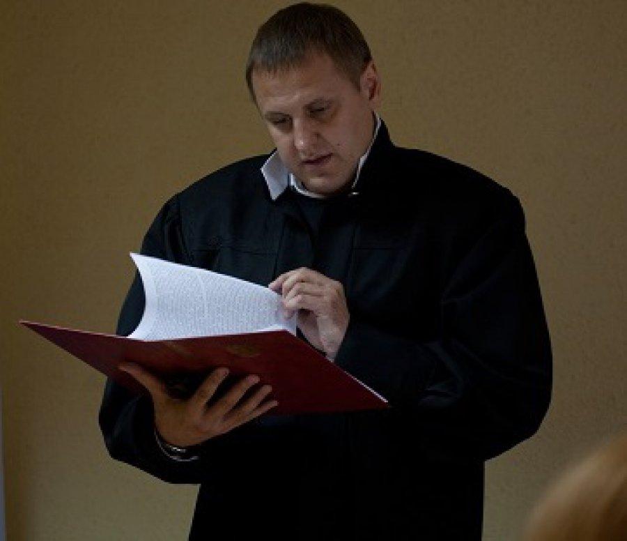 ВБрянске вСоветском суде мужчина совершил попытку самоубийства