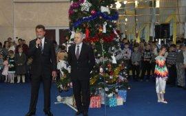 В Брянске из-за траура по погибшим в катастрофе ТУ-154 отменили елку для детей-сирот