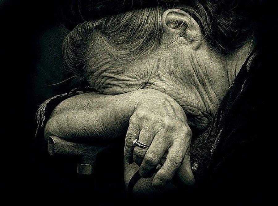 В Брянске новые правила продажи лекарств назвали геноцидом пенсионеров