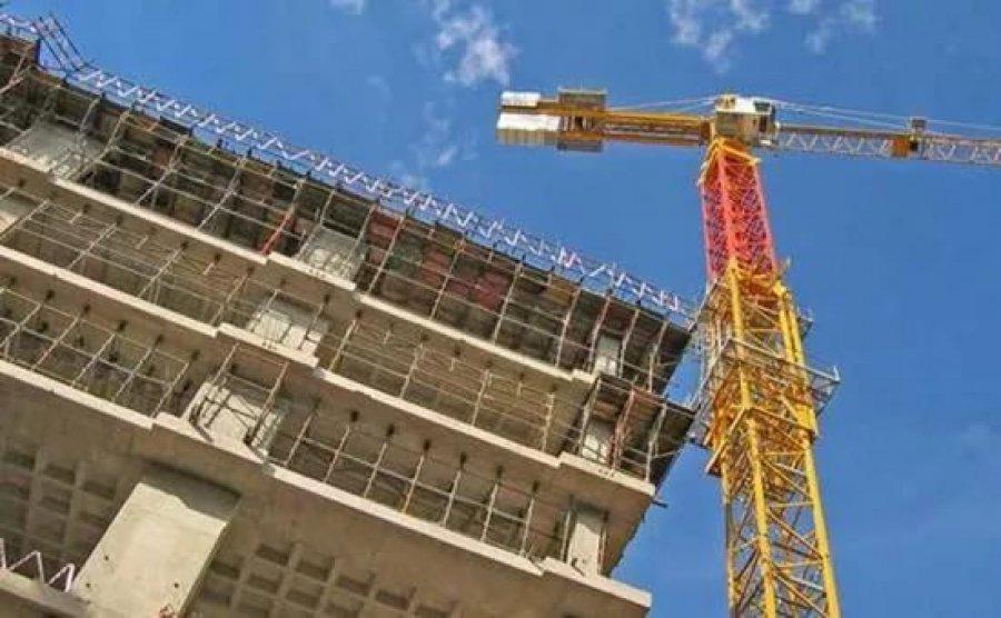 ВБрянске строительная компания самовольно захватила участок земли наЕсенина