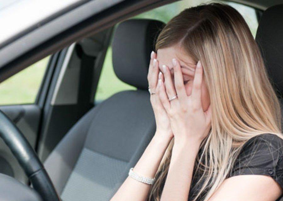 На брянской трассе автоледи пошла на обгон и попала в ДТП