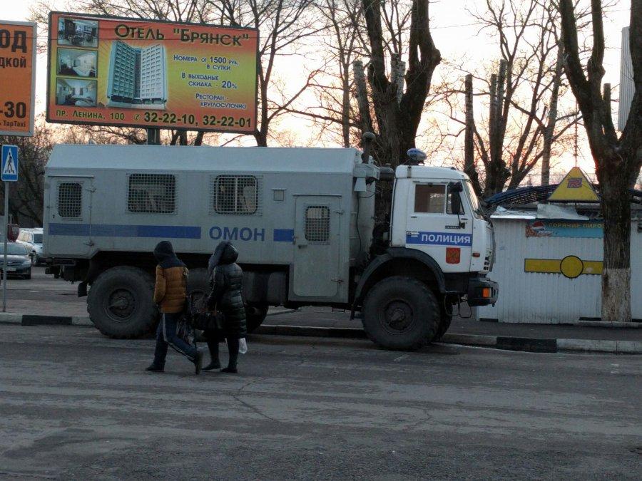 Брянские полицейские усилили охрану вокзалов
