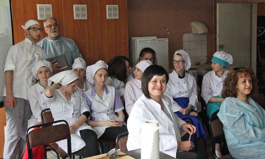 ВБрянске итальянские кулинары приготовили пасту инаучились печь пряники