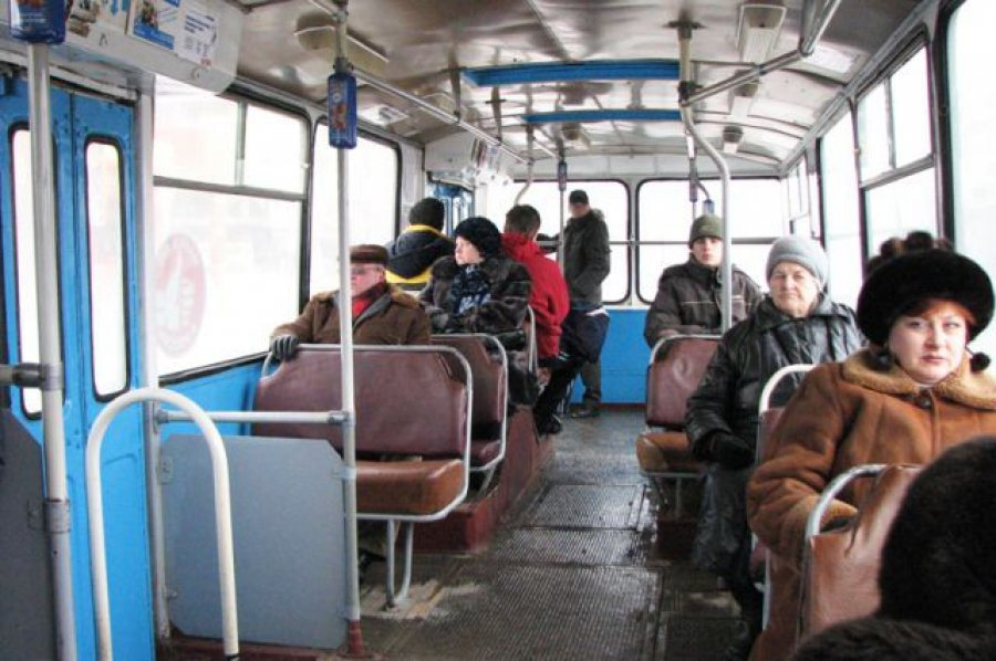 ВБрянске шофёр троллейбуса №3 «уронила» 2-х пенсионерок