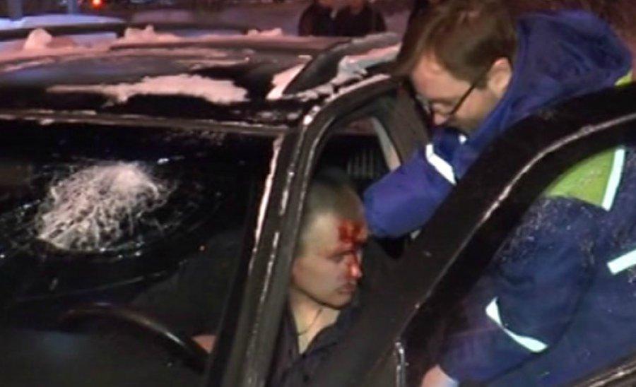 Под Брянском ГАЗ оказался вкювете после столкновения сВАЗом