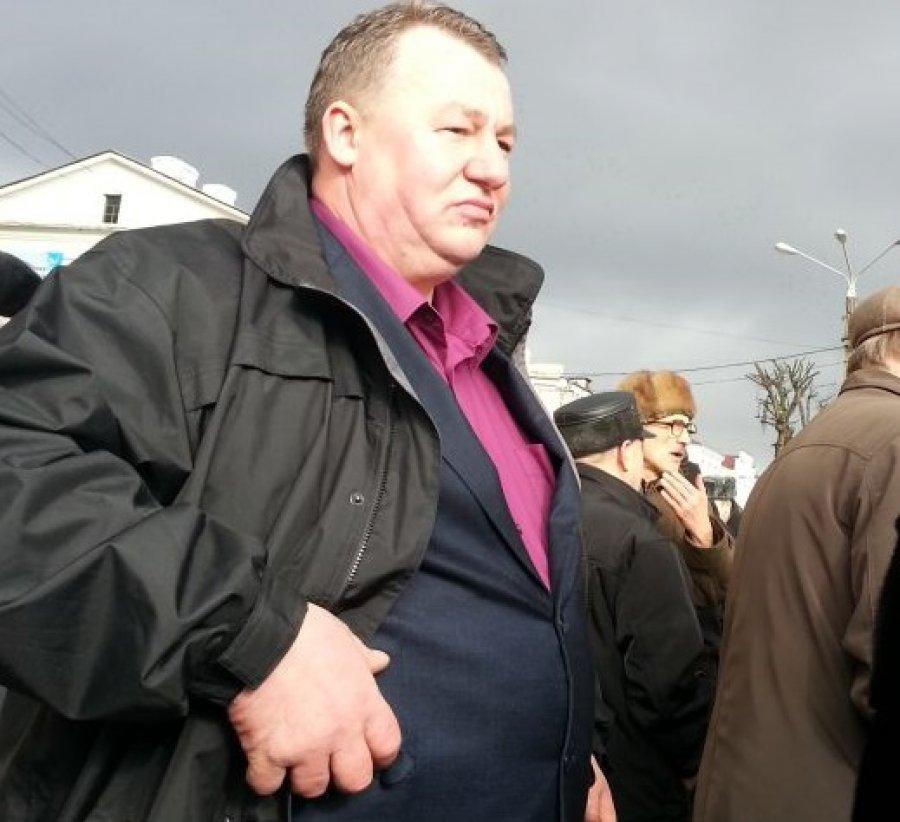 Скандальный депутат Брянской облдумы Зародыш сдал мандат