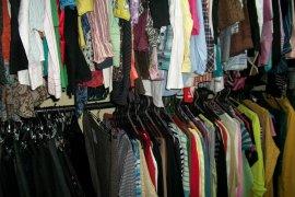 В погарских магазинах продавали опасную детскую одежду