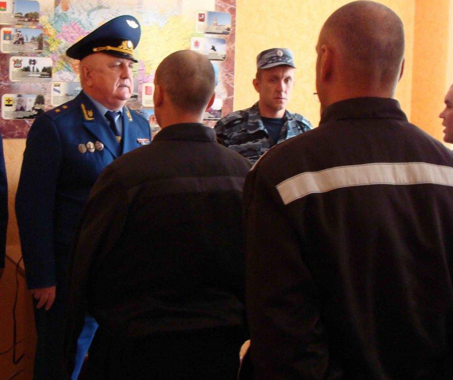 Группа осужденных пробовала помешать легитимным обыскам— Брянское УФСИН