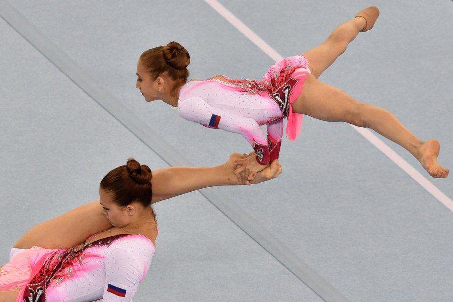Брянские акробатки выиграли первенство ЦФО