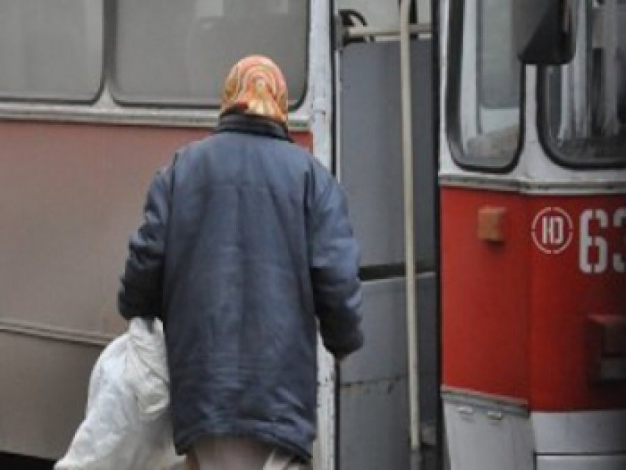 Брянское троллейбусное управление заплатит пассажирке 137 тыс. руб.