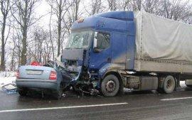 Страшное ДТП на брянской трассе: погибли водитель и пассажир
