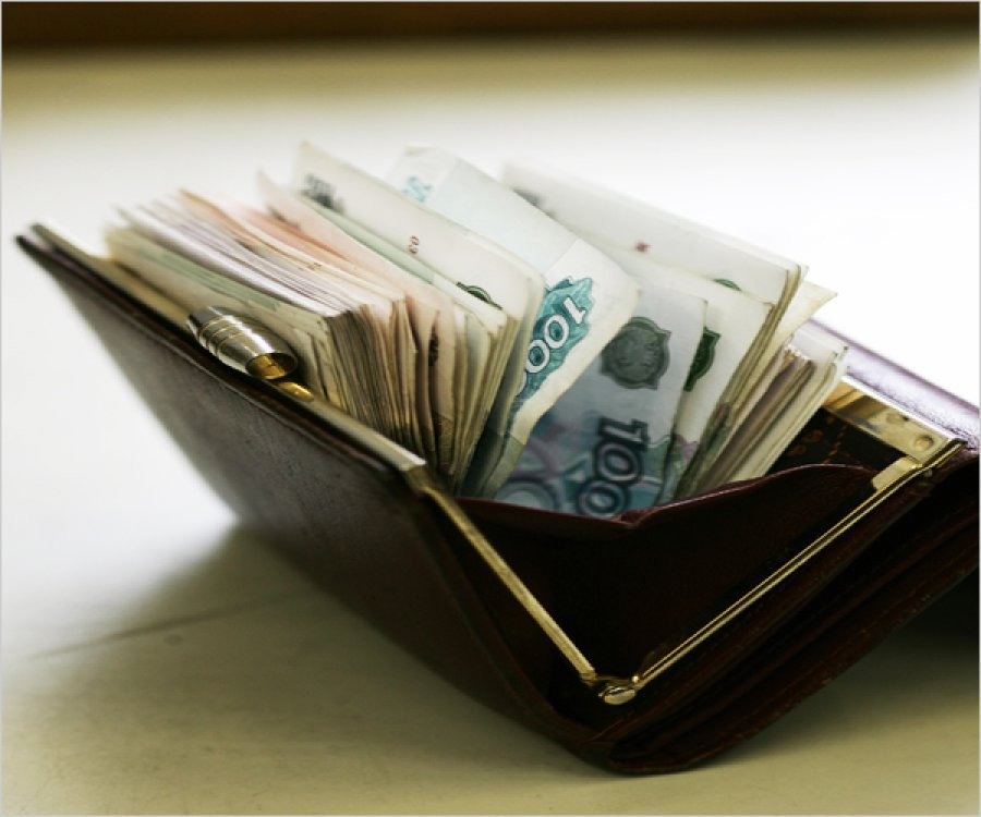 ВБрянске охранник магазина похитил упродавца 4500 руб.