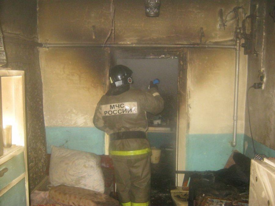 В Фокинском районе Брянска горел двухквартирный дом