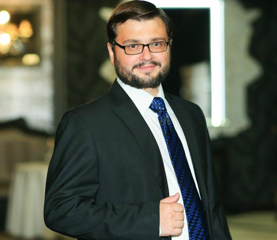Должность пресс-аташе  брянского губернатора занял тележурналист Артем Сухоломкин