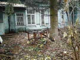 Старое здание дезинфекционной станции в Брянске угрожает благополучию граждан