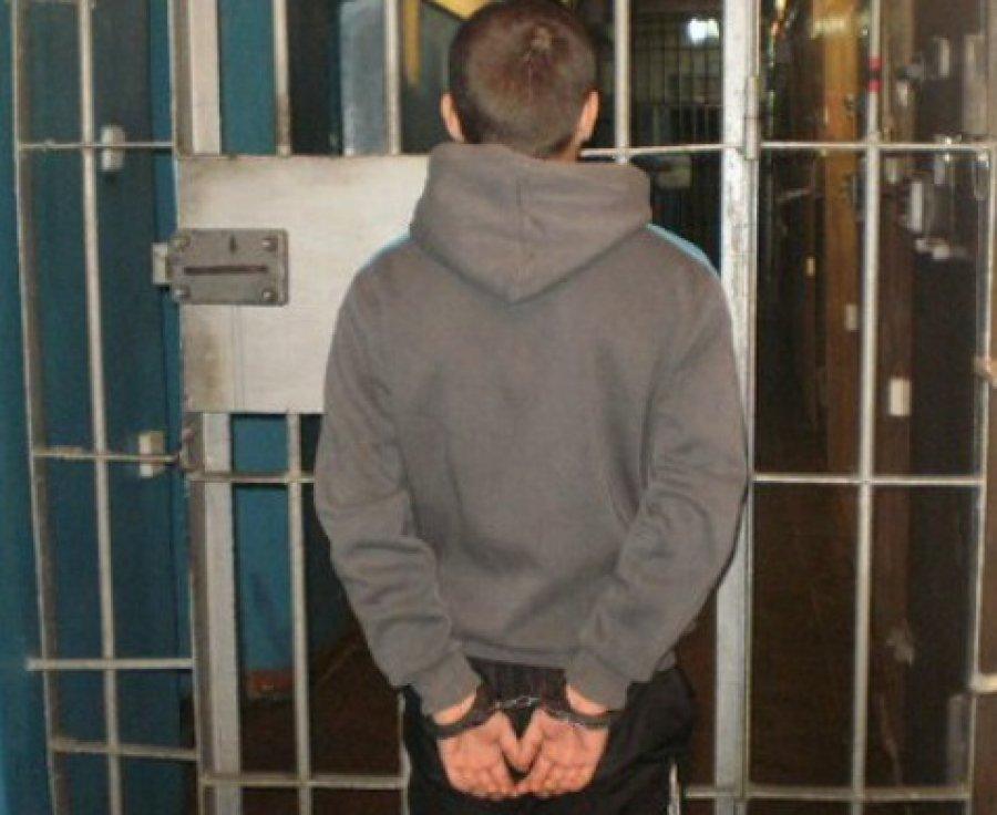 Стародубские школьники украли уучительницы 10 тыс. руб.