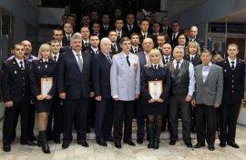 Брянских участковых поздравили с профессиональным праздником