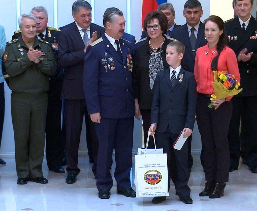 Валентина Матвиенко вручит брянскому школьнику медаль «Замужество вспасении»